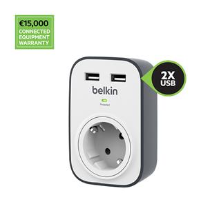 Belkin Überspannungsschutz BSV103 SurgeCube mit einer Steckdose und 2USB-Ladeanschlüssen mit 2,4A, Garantie für angeschlossene Geräte im Wert von 15.000€